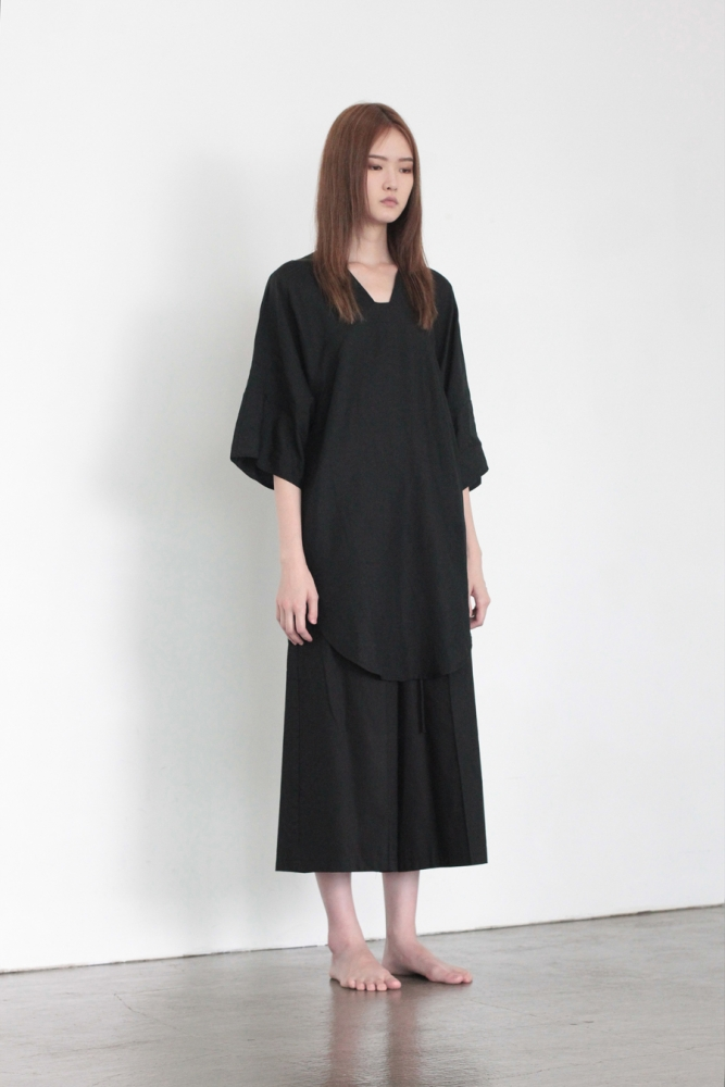 UNISEX_SQUARE NECK TUNIC_blk