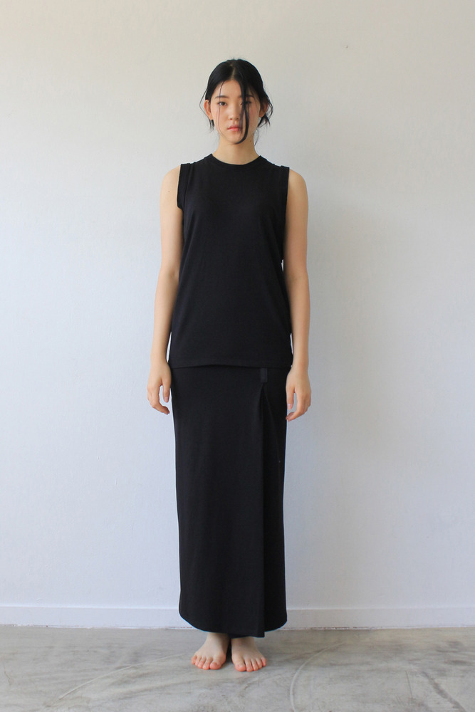 WOMAN_UNBALANCE SLEEVELESS