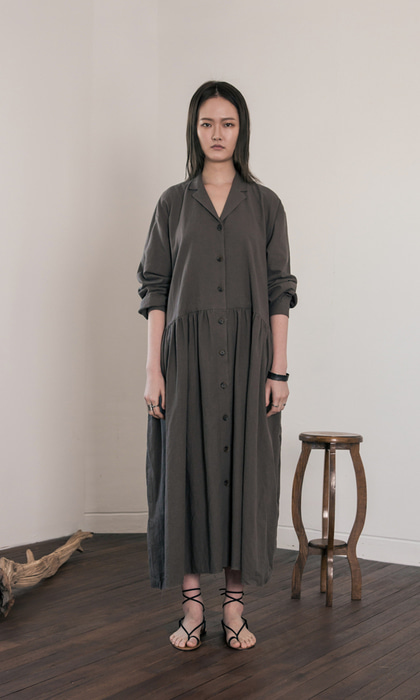 WOMAN_Linen_Gather_Oversized_Dress_ch