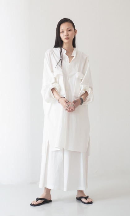 UNISEX_Big Pocket_Long_Shirt_wh