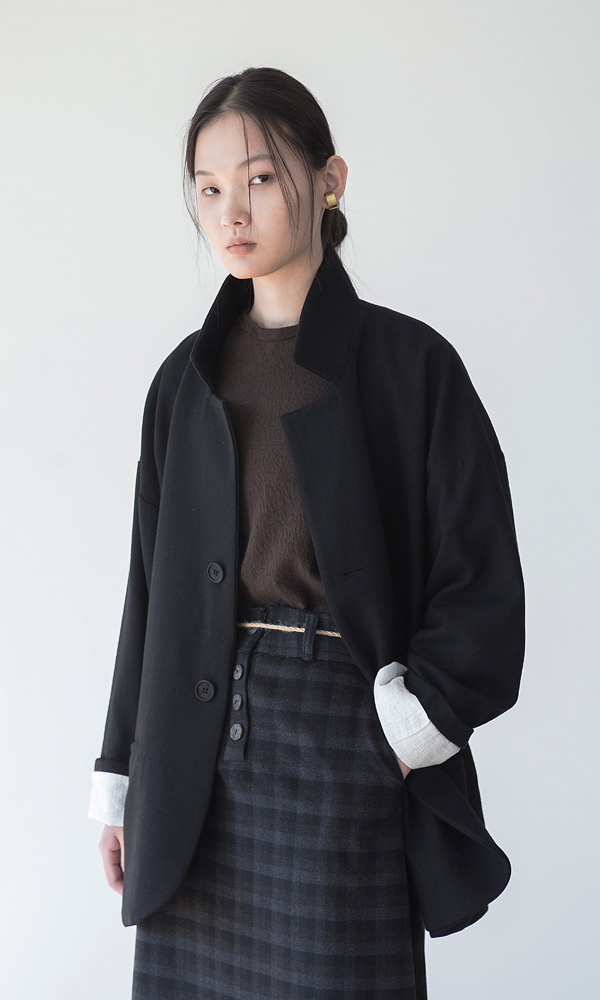 UNISEX_WOOL_COZY_JACKET