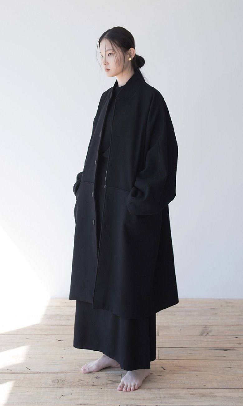 UNISEX_OVERLAP_POCKET_BOXY_COAT_BK